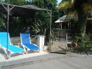 gîte 6 per, piscine, spa chauffés avec abri - Meursac vacation rentals