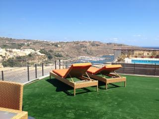 Fort Chambray apartment with views and pool - D - Ghajnsielem vacation rentals