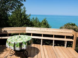 Lake Huron, Bayfield, waterfront & private beach - Bayfield vacation rentals