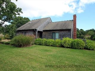 Wonderful Cape with Central Air Conditioning - Edgartown vacation rentals