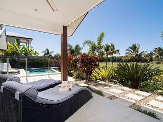 Jabiru - in the private, security gated Palmer Sea Reef Golf Estate, Port Douglas - Port Douglas vacation rentals