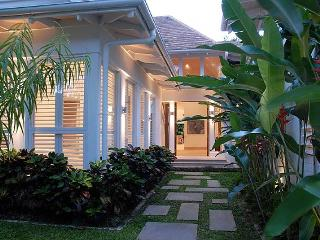 Luxury Karaka Residence in the Beachfront Mirage Estate - Port Douglas vacation rentals