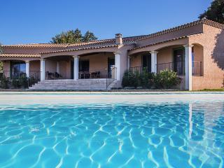 Mas FloJac - Uzes vacation rentals