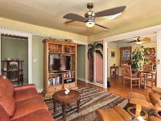 Vibrant 2BR Venice Beach Home - Walk to the Beach! - Venice Beach vacation rentals