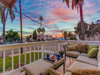 2BR Harbor-View Home in Banker Hill – Walk-Friendly! - San Diego vacation rentals