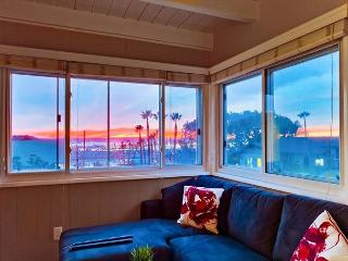 2BR Surreal Sunsets in Mission Hills – All Updated, Sleeps 6 - San Diego vacation rentals