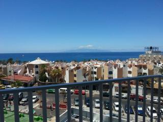 APARTAMENTO LAS AMERICAS TENERIFE - Adeje vacation rentals