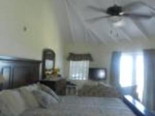 Beautiful Waterfront Location Near all the action. - Freeport vacation rentals