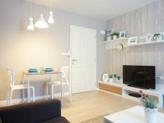 Baan Peang Ploen Condominium by Sansiri Room B205 - Hua Hin vacation rentals