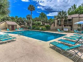 NEWLY REMODELED S. Forest Beach,2 Bdrm,Beach,Shops - Hilton Head vacation rentals