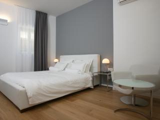 Comfort double room 2 - Split vacation rentals
