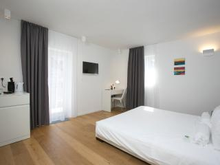 Comfort double room with balcony 4 - Split vacation rentals