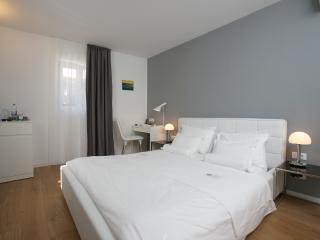 Comfort double room with balcony 6 - Split vacation rentals
