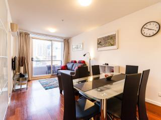 Comfortable 2 bedroom Greater Melbourne Apartment with Internet Access - Greater Melbourne vacation rentals
