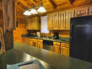 3 bedroom House with Dishwasher in Helen - Helen vacation rentals