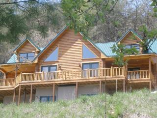 Highlands at Chisholm Creek - Beautiful - Dugspur vacation rentals