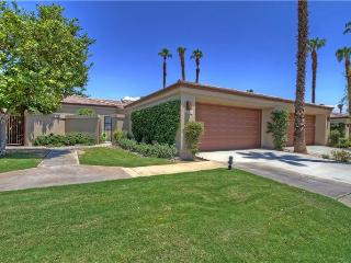 Palm Valley CC-(VY557) Nice Location Close to Pool & Spa - Palm Desert vacation rentals