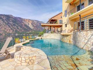Spectacular lakeside home with private pool and hot tub - dogs welcome! - Manson vacation rentals