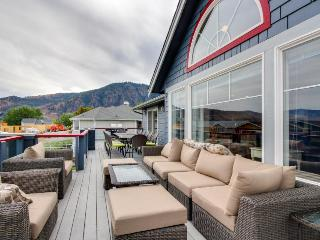 Modern and spacious 6-bedroom home near Lake Chelan! - Manson vacation rentals