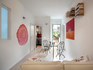 Milan Central Station Apartment - Apartments Milan - Milan vacation rentals