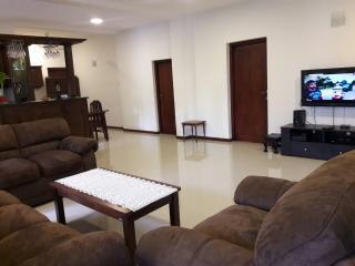 JayaVilla 4 AC BR Holiday Villa - Hikkaduwa vacation rentals
