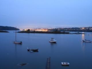 Oceanfront 2 bedroom Hottub Kayaks & Yoga room inc - Nanaimo vacation rentals