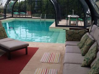Villa con piscina dotata di copertura mobile e riscaldata con pannelli solari - Varazze vacation rentals