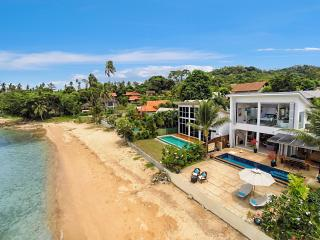 Private Beach. Sunset Views. Stunning Villa & Pool - Koh Samui vacation rentals