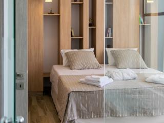 Luxuri new built villa,150 to the beach,pool,Wifi - Galatas vacation rentals