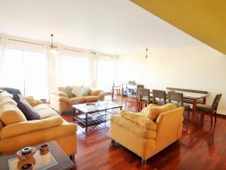 Ocean and city view 4 bedroom Miraflores Larcomar - Lima vacation rentals