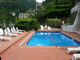 Le Rose 6 with terrace, sea view, pool, parking - Ravello vacation rentals
