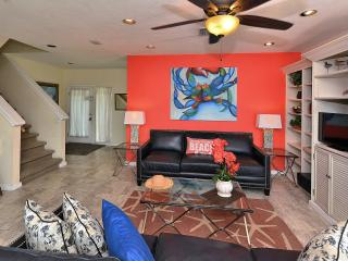 Exceptional townhouse - Royal Palm Suite - with Gulf Views from all 3 balconies - Siesta Key vacation rentals