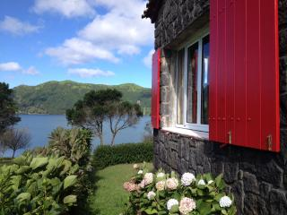 Lagoon Panoramic View - 7 Cidades Lake Cottage - Ponta Delgada vacation rentals
