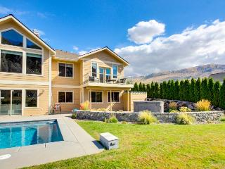 Grand lakefront estate w/private pool, hot tub, entertainment, boat slip & more! - Chelan Falls vacation rentals