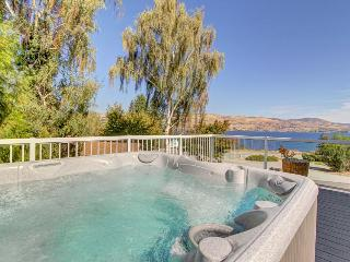 Enjoy incredible lake views and a private hot tub from this amazing home - Chelan vacation rentals