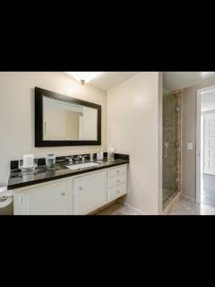 Lux Living Pasadena - Pasadena vacation rentals