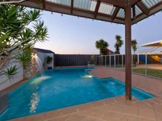 5 bedroom House with Television in Quinns Rocks - Quinns Rocks vacation rentals