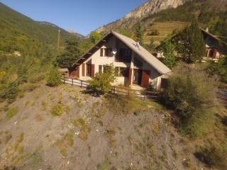 Chalet 8 to 10 Pers (Villars Colmars) Val D'Allos - Allos vacation rentals