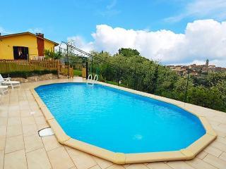 La Casa al Monte 3 - Camaiore vacation rentals