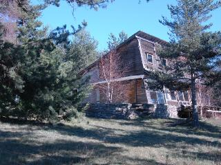 Bright 2 bedroom Le Bleymard Gite with Mountain Views - Le Bleymard vacation rentals
