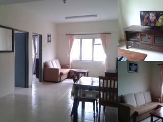 Nice Condo with Internet Access and Satellite Or Cable TV - Tanah Rata vacation rentals