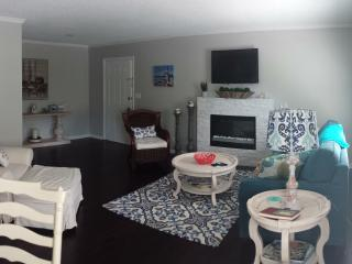 South Island Luxury Gated Condo Pool Free Bikes - Saint Simons Island vacation rentals