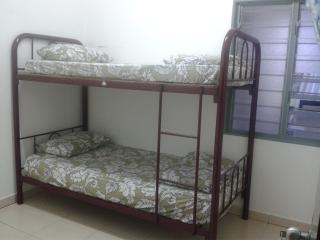 Basic small room with double decker - Tanah Rata vacation rentals