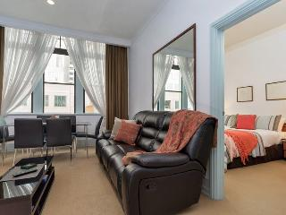 Heritage Hotel One Bedroom Serviced Apartment, Auckland, NZ - Auckland vacation rentals