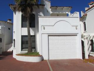 4 bedroom House with Internet Access in Ensenada - Ensenada vacation rentals