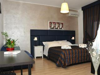 A comfortable room close to St Peter - Rome vacation rentals