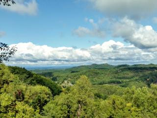 'Smoky Mountain Memories' BEAUTIFUL Mountain Views!! Private! Perfect Location! - Sevierville vacation rentals