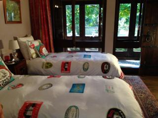 Manuka Room at Matua Lodge Luxury B&B, Tauranga - Mount Maunganui vacation rentals