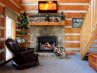 Rustic Pigeon Forge Cabin near everything - Pigeon Forge vacation rentals