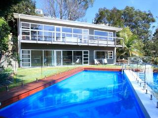 Bright Cammeray vacation House with Deck - Cammeray vacation rentals